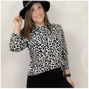 Andrew Marc New York Leopard print Long Sleeve top